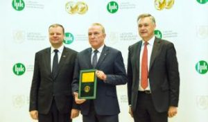 Laser Weapon Training Systems Created at KTU Awarded Lithuanian Product of the Year 2016