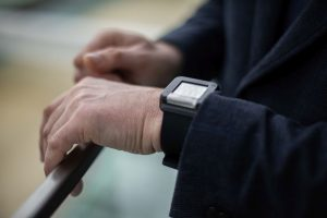 Smart wrist-worn device developed by Lithuanian researchers can alert about dangerous health conditions