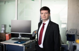 Dr Renaldas Raišutis, head of KTU team who researcher the effects of ultrasound for cancer drug delivery.